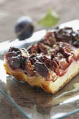 Tarte brioche aux prunes et aux pices