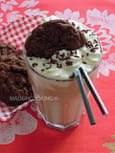 Milk-shake vanille et cookies au chocolat