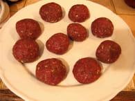 Boulettes de viande à la sauce tomate : Etape 2