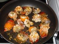 Recette de queues de langoustes grill es l ail et au - Queues de langoustes grillees au four ...