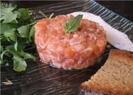 Tartare de saumon, sauce aux herbes fraîches : Etape 5