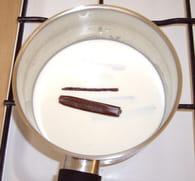 Petits pots de crème Carambar : Etape 1