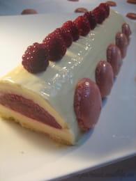 Bûche chocolat blanc framboise : Etape 4