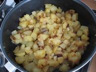 Poêlée pommes de terre aux champignons : Etape 1
