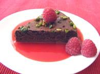 Moelleux choco-pistache et son coulis de framboises : Etape 1