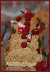 Bûche de Noël aux spéculoos et framboises : Etape 4