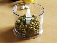Tapenade aux olives vertes : Etape 1