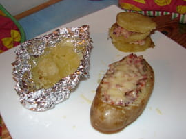 Pommes de terre farcies  la paysanne
