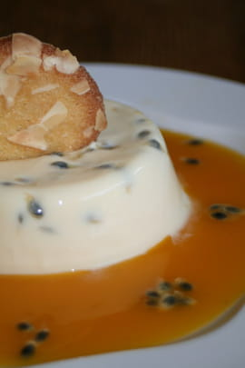 Panna cotta l�g�re aux fruits de la passion