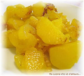 Pommes de terre aux oignons et au curcuma