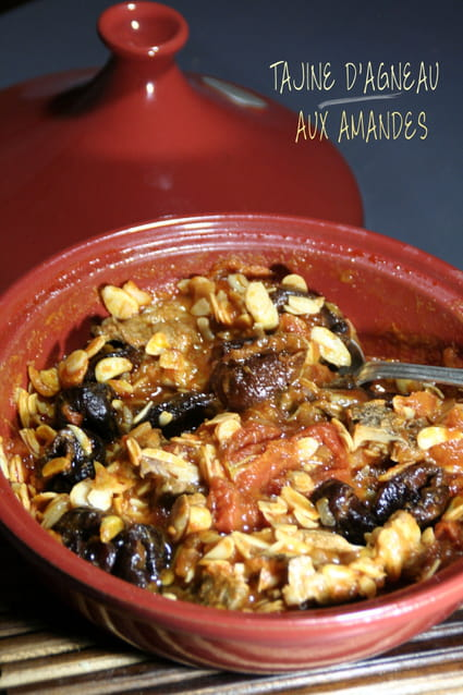 recette de tajine d 39 agneau aux amandes la recette facile. Black Bedroom Furniture Sets. Home Design Ideas