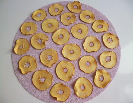 recette de chips de pommes crues et croustillantes la recette facile. Black Bedroom Furniture Sets. Home Design Ideas