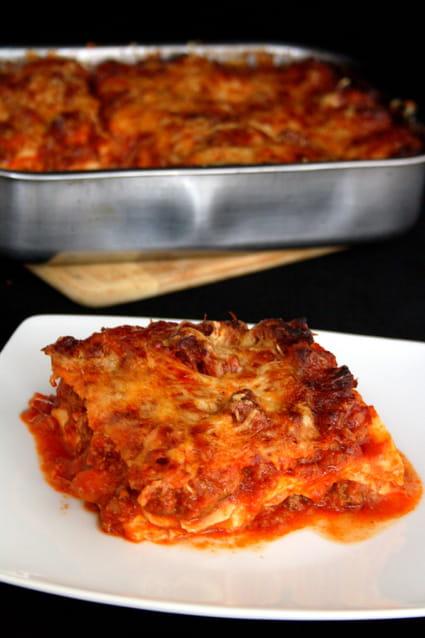 recette de lasagnes la bolognaise authentiques ragu. Black Bedroom Furniture Sets. Home Design Ideas