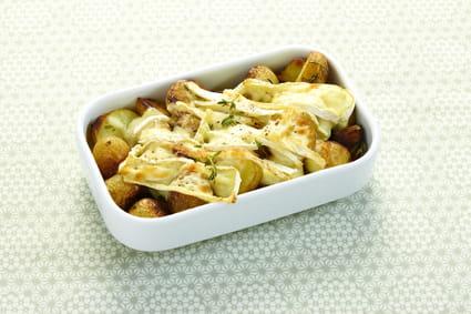 recette de gratin de pommes de terre grenaille au thym et brie fondant la recette facile. Black Bedroom Furniture Sets. Home Design Ideas