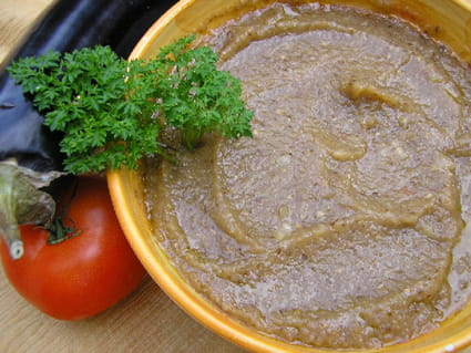 Caviar d'aubergine à la tomate