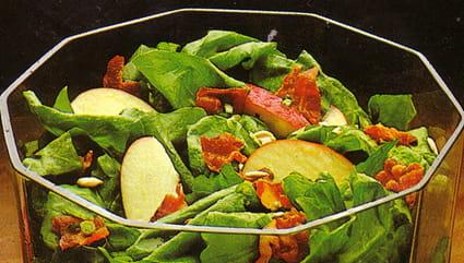 Salade d'épinards crus