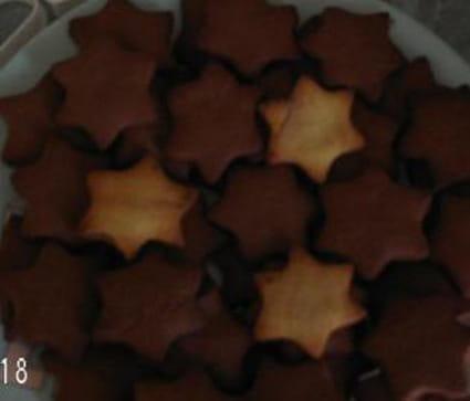 Sablés de Noël au sucre vanillé et cacao
