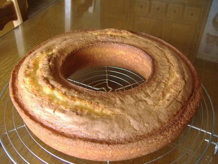 Gâteau au yaourt en anneau