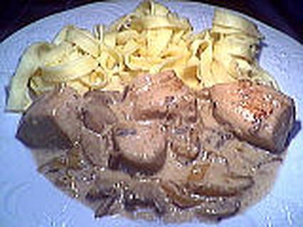 Tagliatelles au poulet à la crème citronnée
