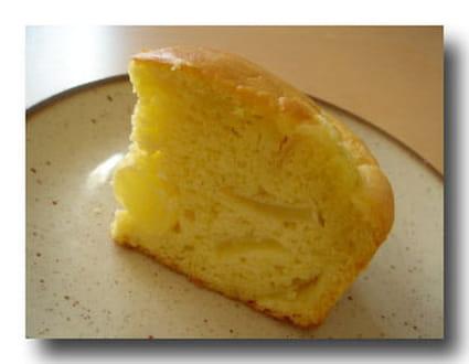 Cake au yaourt, aux pommes et aux poires