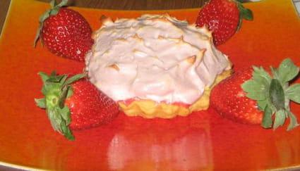 Tarte aux fraises meringuée