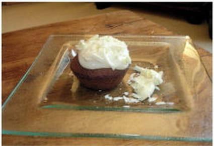 Muffin au chocolat  blanc et son nappage