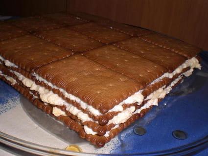 Gâteau aux petits beurres à la crème et au café