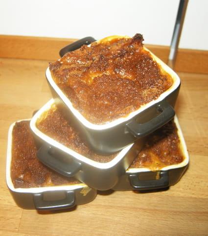 recette de petite cocotte de carottes au pain d 39 pice la recette facile. Black Bedroom Furniture Sets. Home Design Ideas
