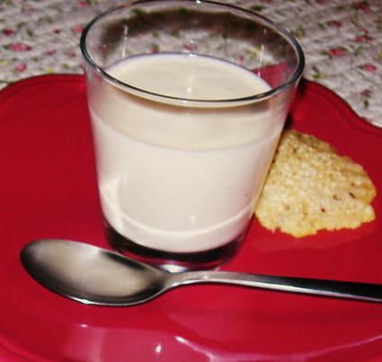 Crème de chou-fleur et tuiles de parmesan