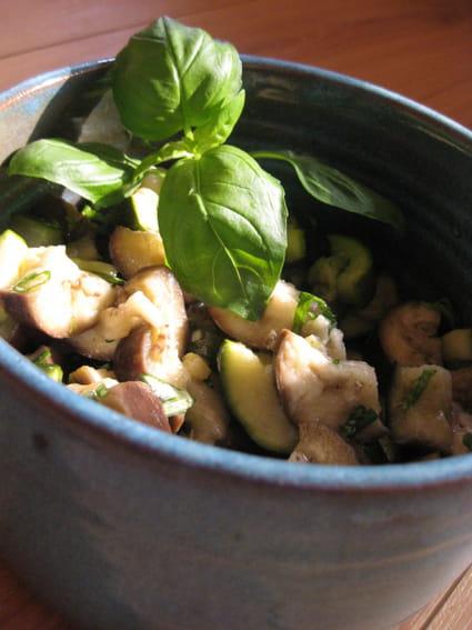 recette de salade fra che courgettes et aubergines la recette facile. Black Bedroom Furniture Sets. Home Design Ideas
