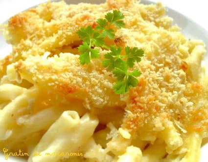 Gratin de macaronis à la béchamel et au Comté