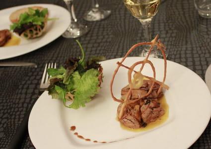 Foie gras poêlé aux pommes caramélisées & calvados