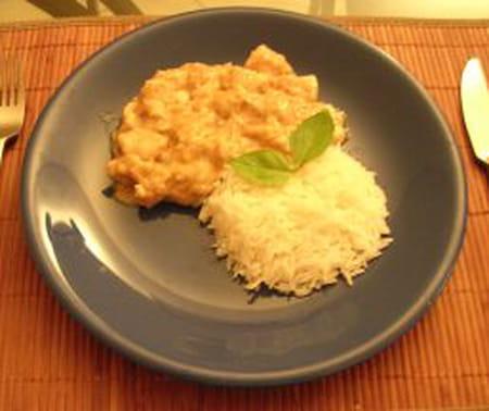 poulet au lait de coco curry et amandes effil es la recette facile. Black Bedroom Furniture Sets. Home Design Ideas