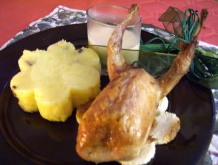 Cailles sur canap et pur e aux truffes la recette facile for Cailles sur canape