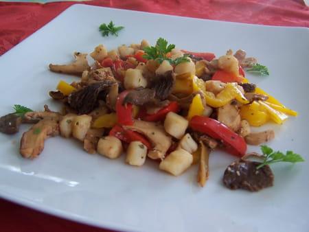Noix de saint jacques aux champignons la recette facile - Cuisiner noix saint jacques ...