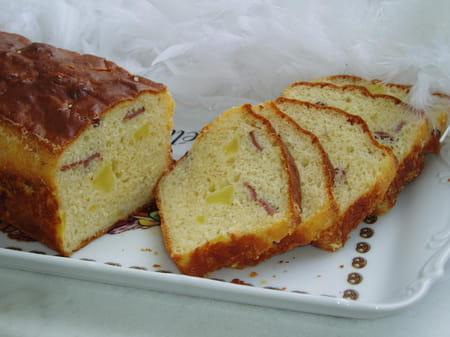 Cake au magret de canard fum et aux pommes la recette facile - Cuisiner le magret de canard au four ...