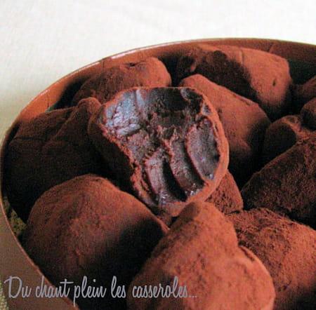 truffes chocolat noir et caramel au beurre sal la. Black Bedroom Furniture Sets. Home Design Ideas