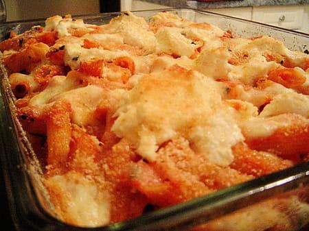 Gratin de p tes la tomate et aux champignons la recette facile - Gratin de pates facile ...
