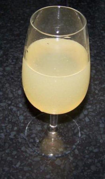 Soupe angevine, cocktail à base de vin pétillant