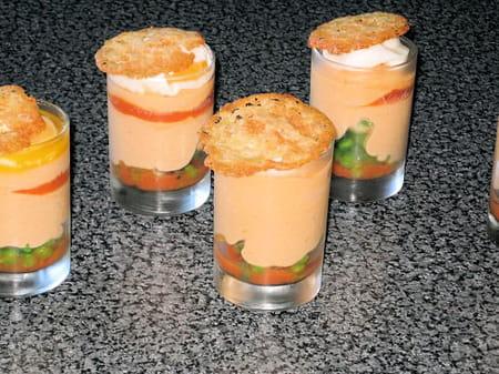 mousse de tomate en verrine et son oeuf poch la recette facile. Black Bedroom Furniture Sets. Home Design Ideas