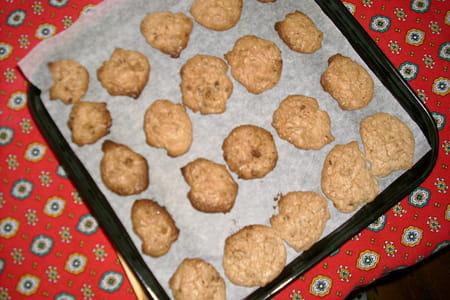 cookies chocolat et noisettes la recette facile. Black Bedroom Furniture Sets. Home Design Ideas