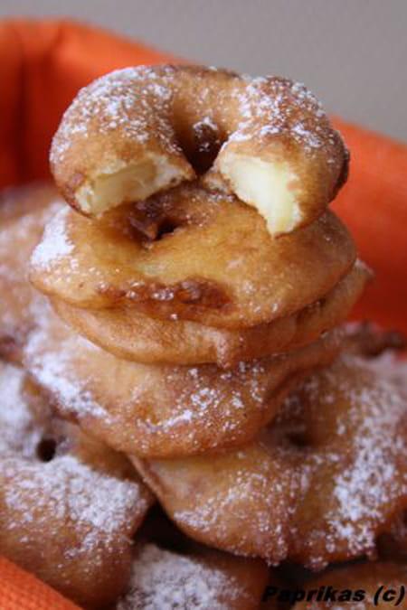 Beignets aux pommes ultra simples la recette facile - La ferme aux beignets ...