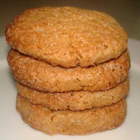 Biscuits au beurre de cacahu tes la recette facile - Cookies beurre de cacahuete ...