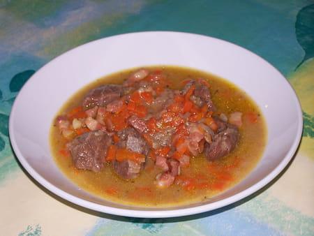 Joues de porc au curry la recette facile - Cuisiner de la joue de porc ...