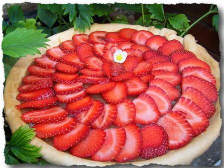 tarte aux fraises et compote de rhubarbe pic e la recette facile. Black Bedroom Furniture Sets. Home Design Ideas