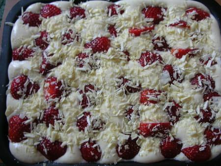tiramisu fraises rhubarbe et chocolat blanc la recette facile. Black Bedroom Furniture Sets. Home Design Ideas