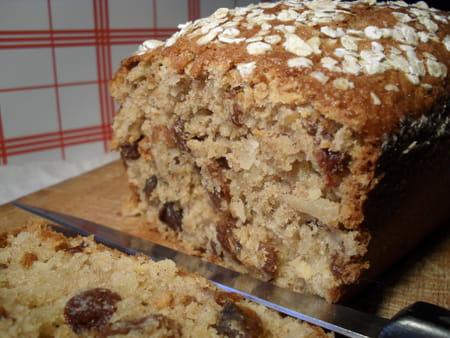 cake son d 39 avoine amandes et raisins secs la recette facile. Black Bedroom Furniture Sets. Home Design Ideas