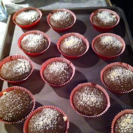 mini muffins au chocolat au lait au caramel la recette facile. Black Bedroom Furniture Sets. Home Design Ideas