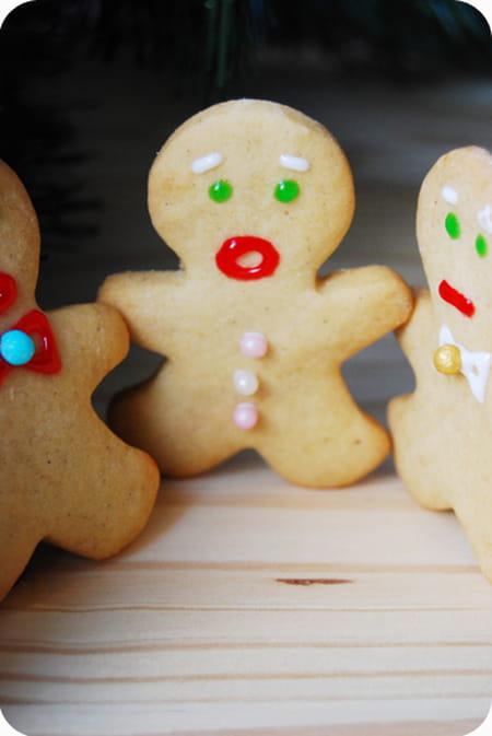 Petits biscuits de no l la recette facile - Biscuit de noel facile ...