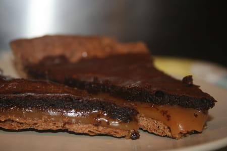 tarte caramel beurre sal chocolat la recette facile. Black Bedroom Furniture Sets. Home Design Ideas